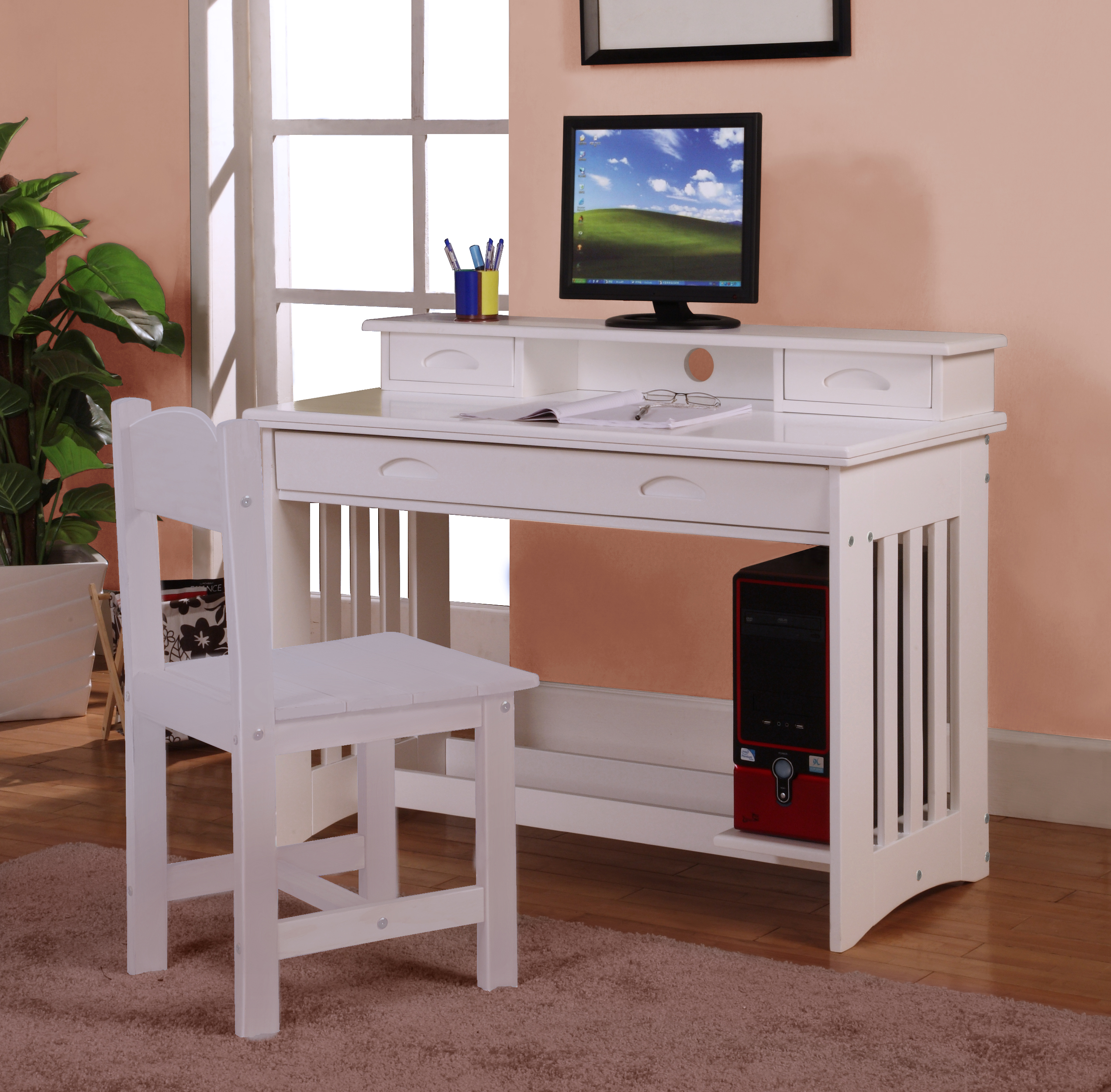 White Desk Chair Wood Discovery World Furniture White Desk With Hutch