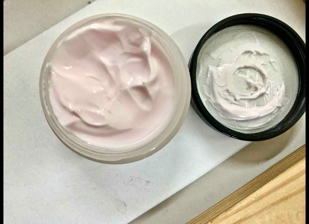 Olay Moisturizing Cream Review Hydrating Gives Smooth