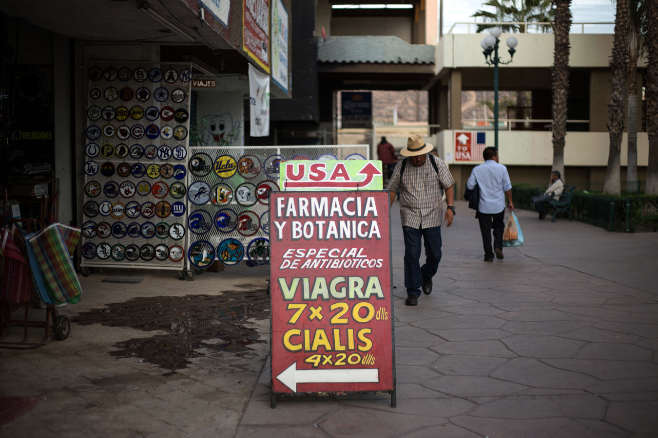 Kff Mexico Americans Cross Border Into Mexico To Buy Insulin At A