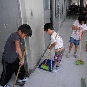 Japanese Schools No Janitor