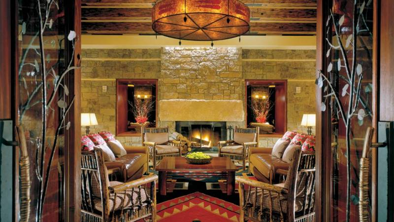 The Four Seasons epitomize rustic elegance.