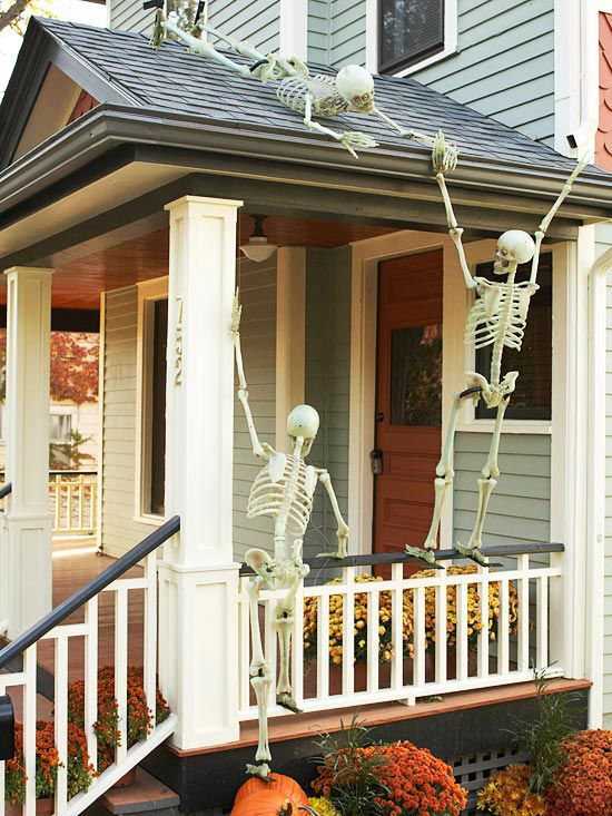 Hilarious Skeleton Decorations For Your Yard on Halloween - Kid Friendly Things To Do .com