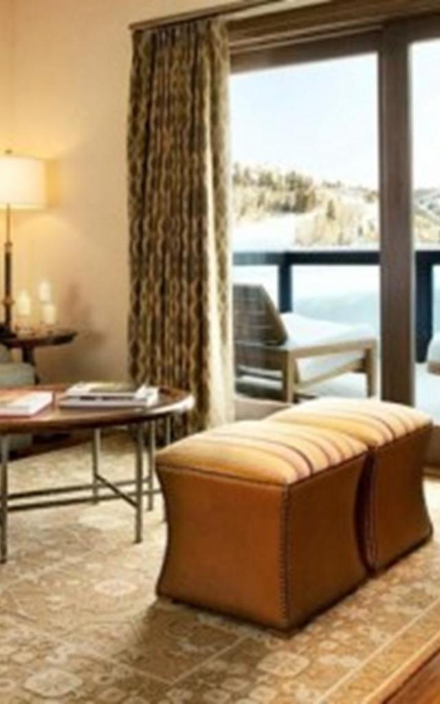 brown-interior-decorating-ideas-3-500x281 (Copy)