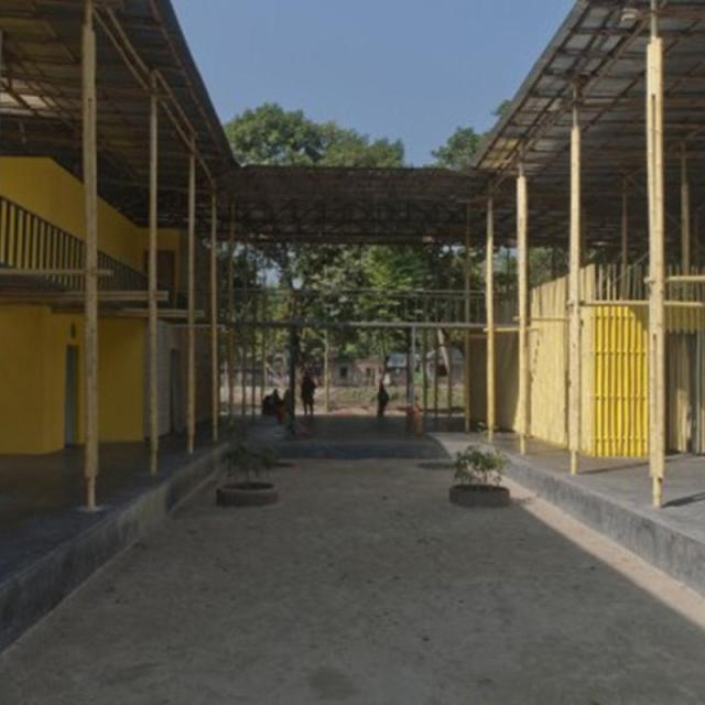 54e67b6de58ece7fc3000041_pani-community-centre-schilderscholte-architects_pani_community_centre_bangladesh_courtyard_playground_schilderscholte_archite-530x352 (Copy)