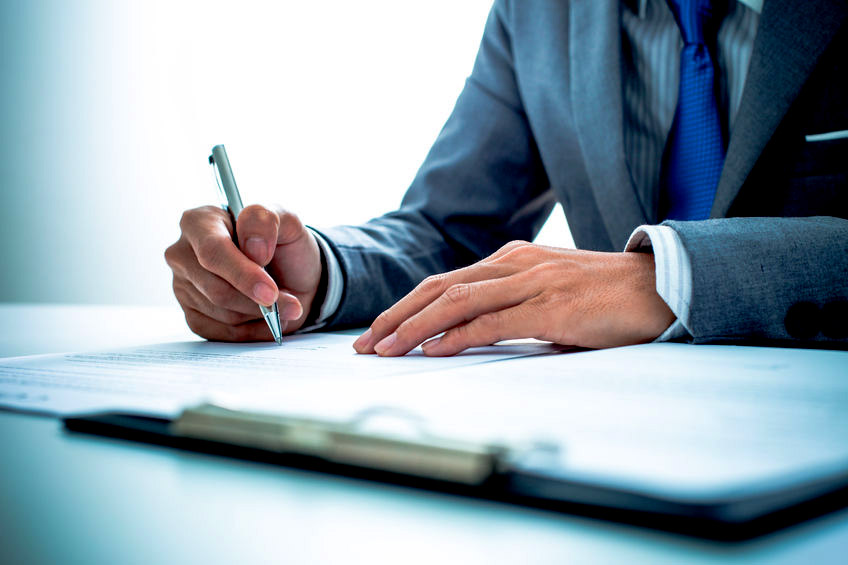 Intriguing benefits for medium-sized businesses needing contract