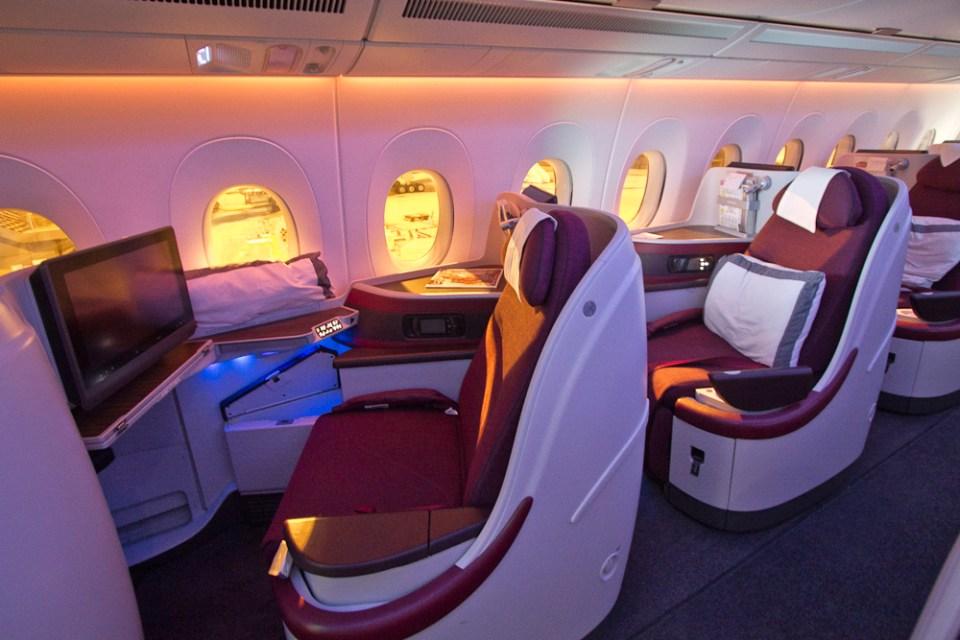 Qatar airways business class airbus a350 m nchen doha for Interieur gegenteil