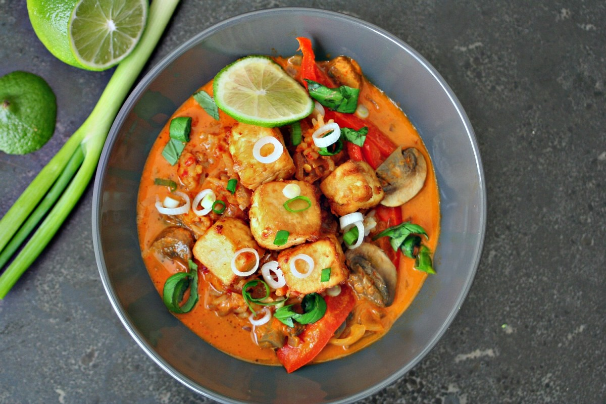 Easy Thai Red Curry with Tofu or Chicken