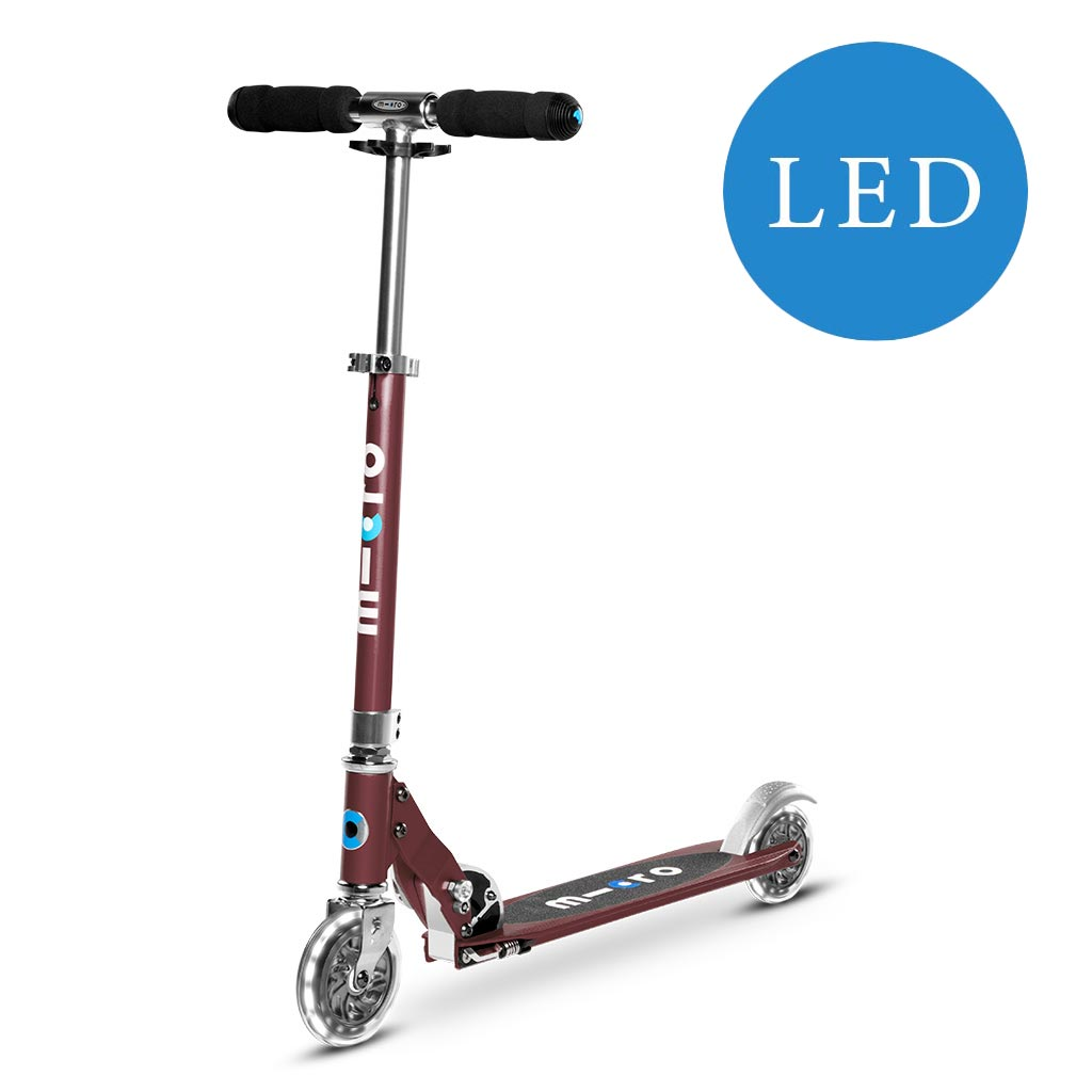 Micro Sprite Scooter Mit Led Wheels Kindermaxx