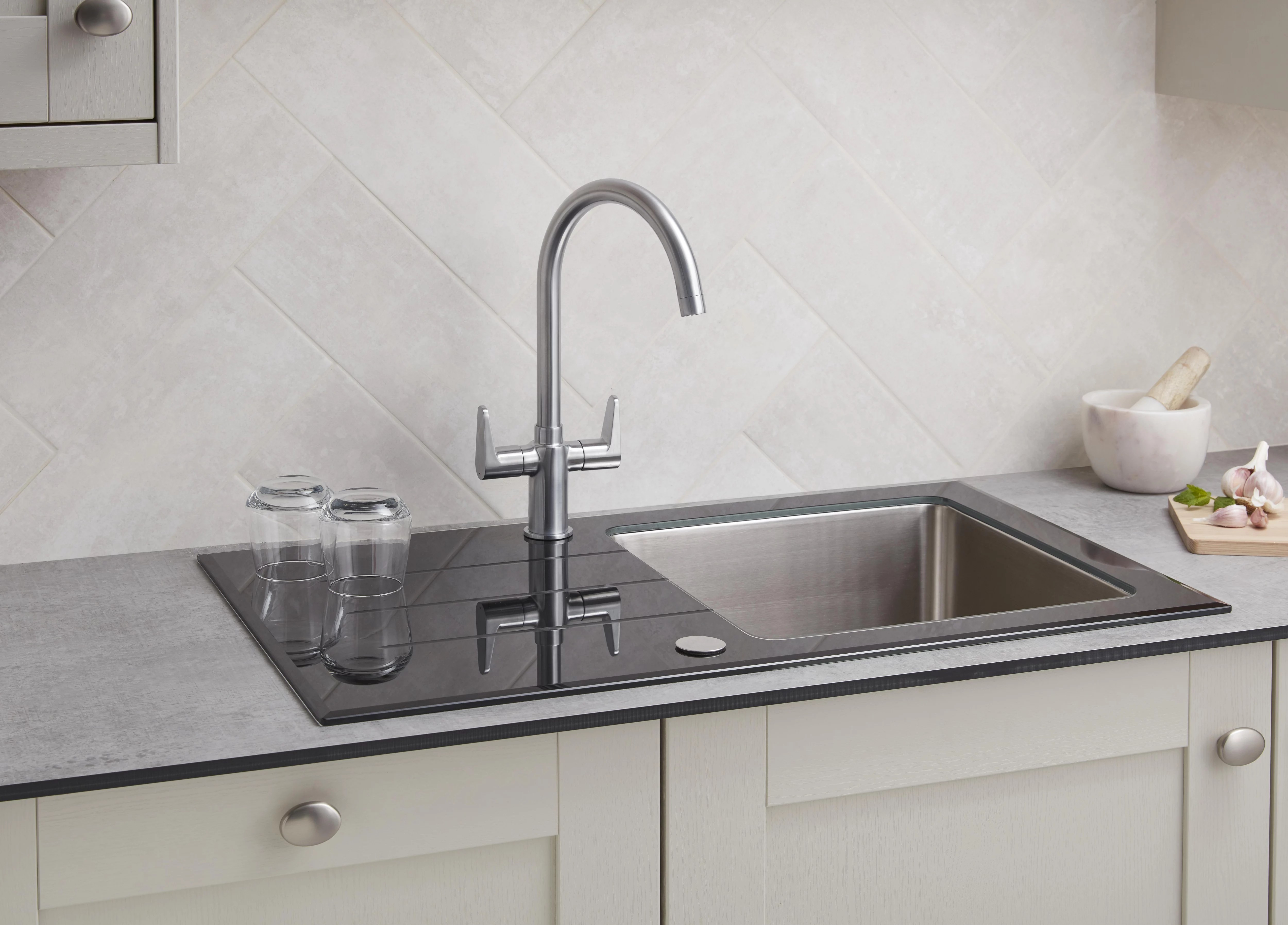 How To Remove Fit A Kitchen Tap Ideas Advice Diy