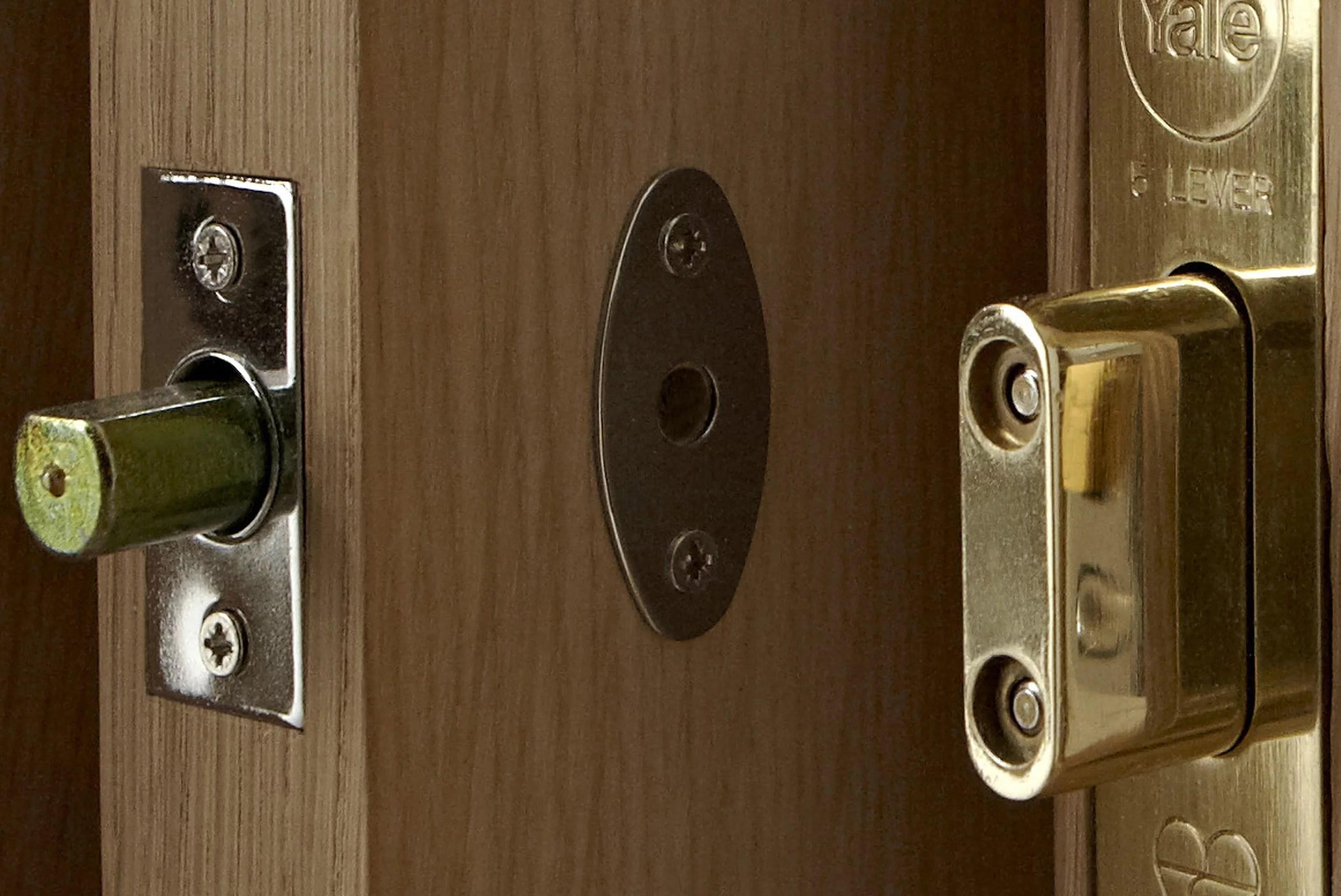 Door & window locks buying guide