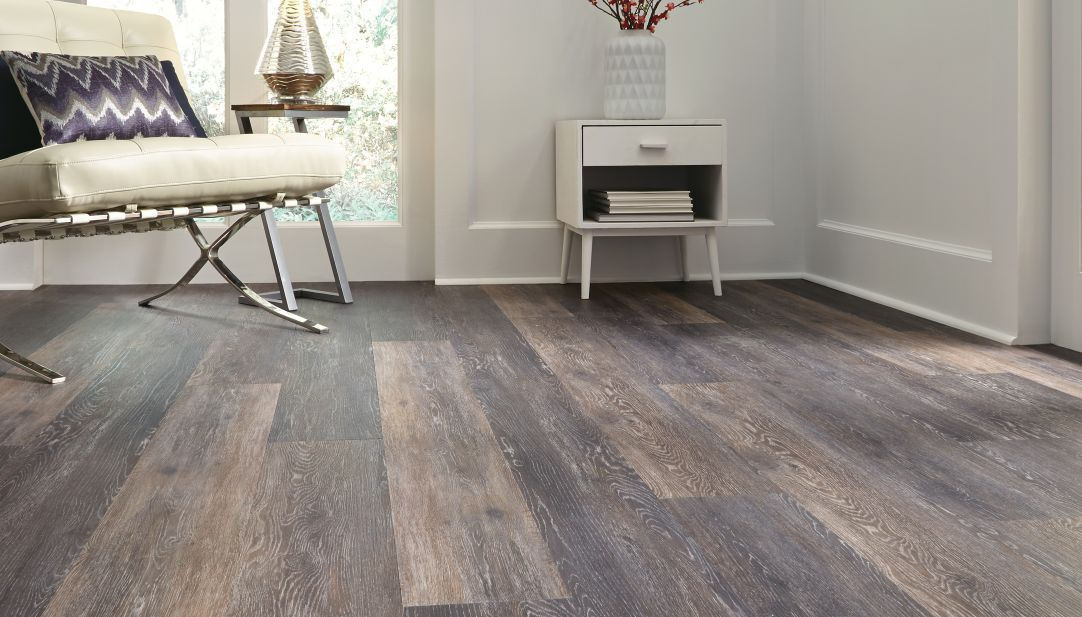 Porcelain Tile Vs Ceramic Tile Best Ways To Clean Vinyl Floors - King Of Maids Blog