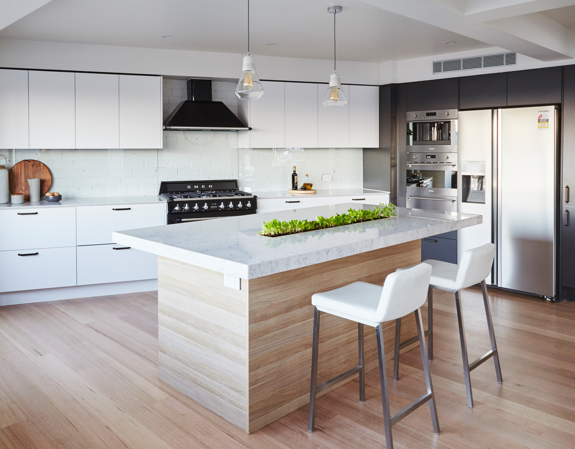 Kitchen Benchtops Hornsby Designer Kitchens Modern And Luxury Kitchens Kinsman