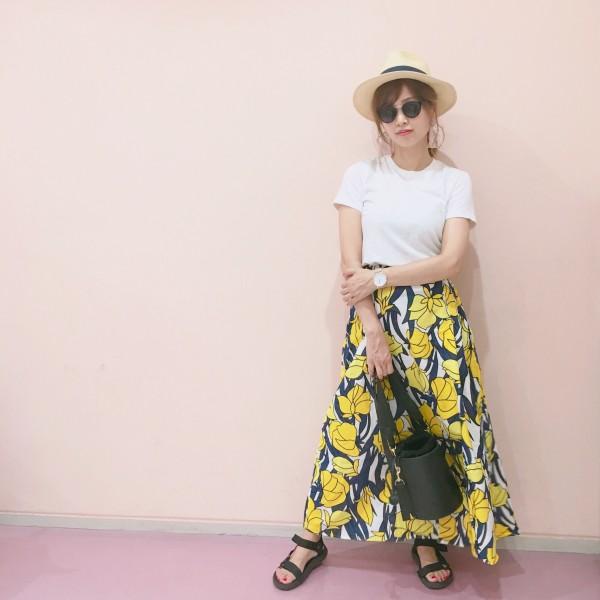 DHOLIC花柄フローラルロングフレアスカート