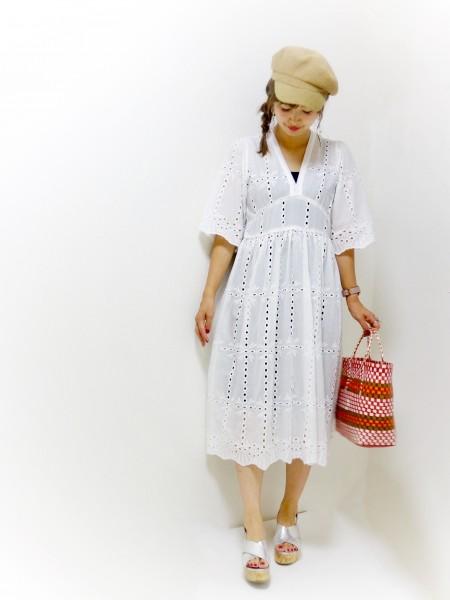 DHOLIC白刺繍ワンピース