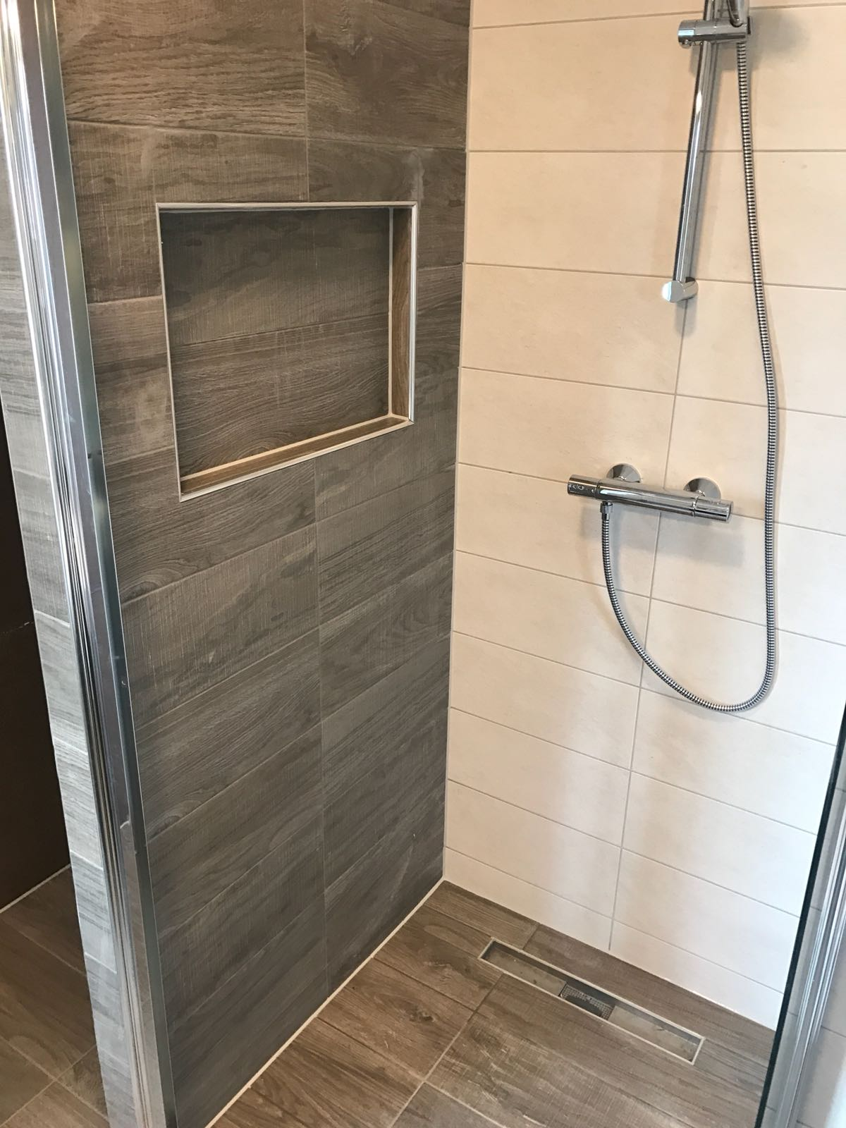 Behang Almere Schimmel In Douche. Stunning Schimmel With Schimmel In