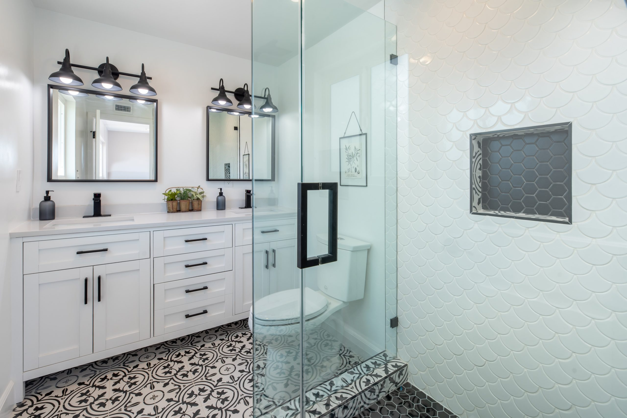 11 Bathroom Remodel Ideas That Pay Off During House Resale