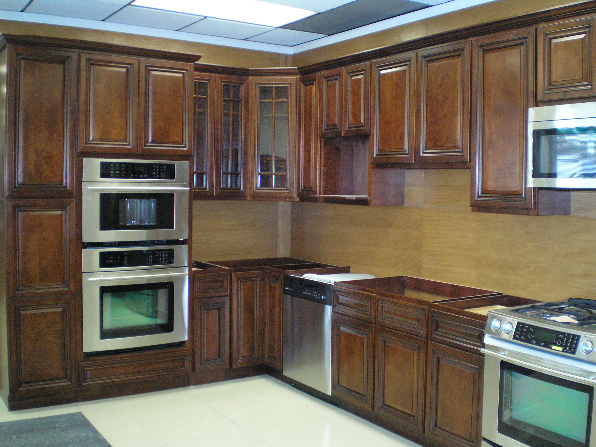 Dark Wood Cabinets In Kitchen Dark Wood Kitchen Cabinets
