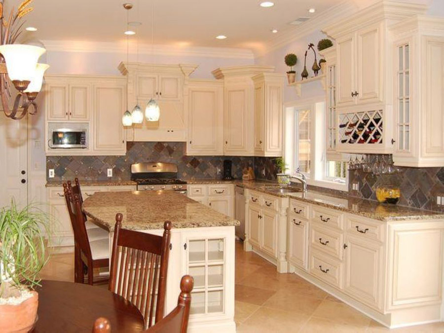 White kitchen cabinets home decorating ideas