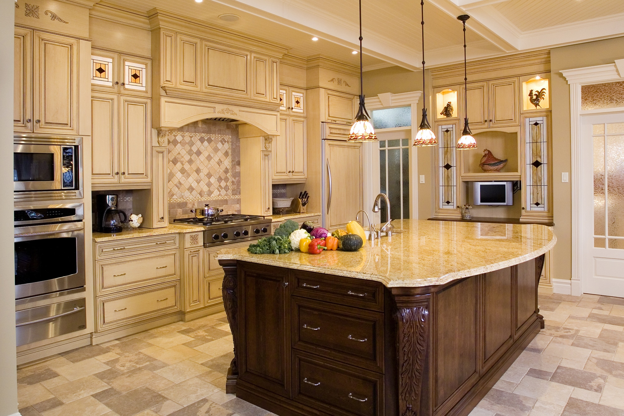 Glaze For Kitchen Cabinets 3 Great Reasons To Glaze Your Kitchen Cabinets