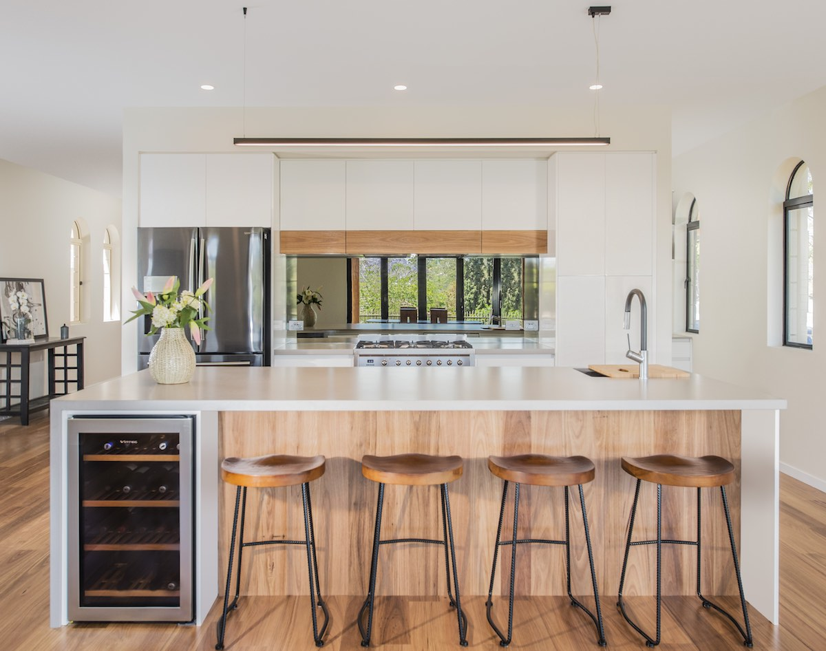 Kitchen Connection Reviews Timber Kitchens 3 Looks We Love Kitchen Connection