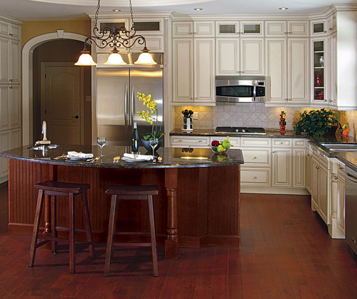 Peninsula Or Island Type Kitchen Off White Kitchen Cabinets - Kitchen Craft Cabinetry