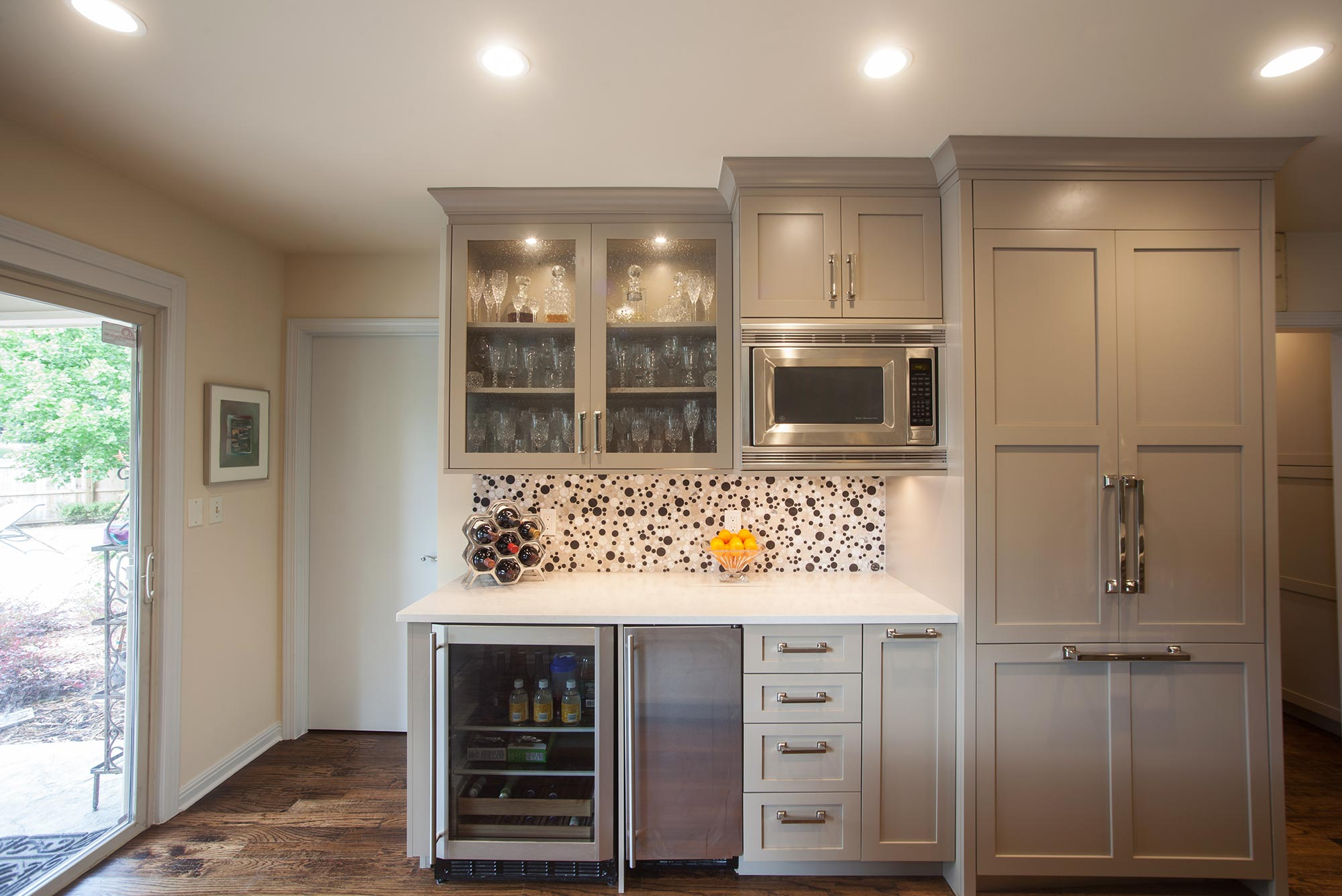 Beaded Glass Kitchen Cabinets Open To Function Kitchen Ideas