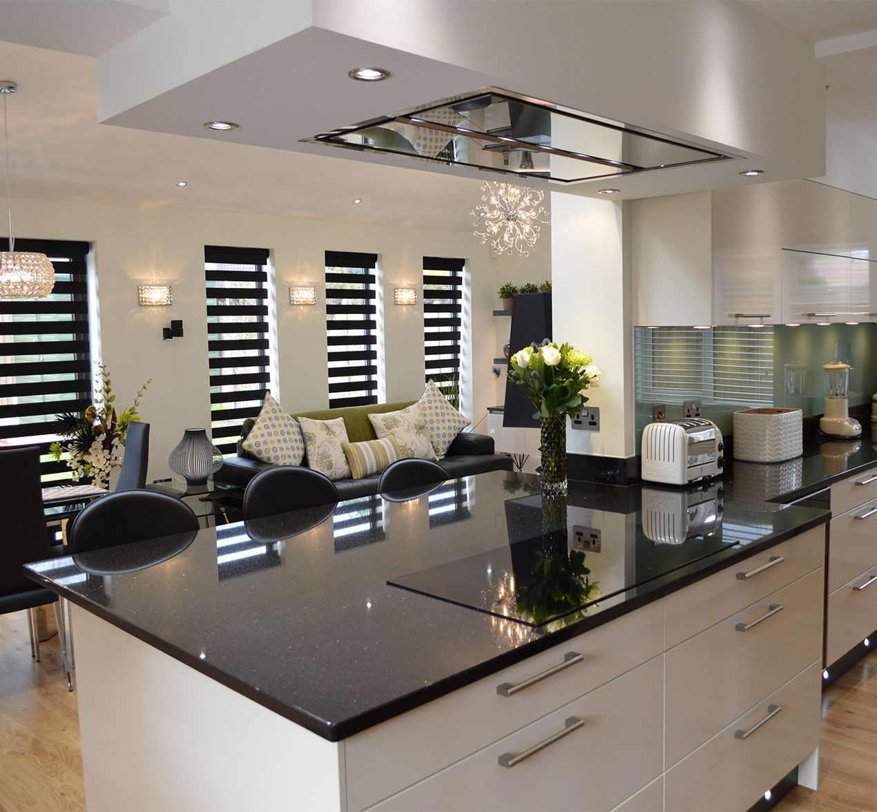 Kitchen Design Chrome Extension High Tech High Spec Customer Kitchens Kitchen Design Centre