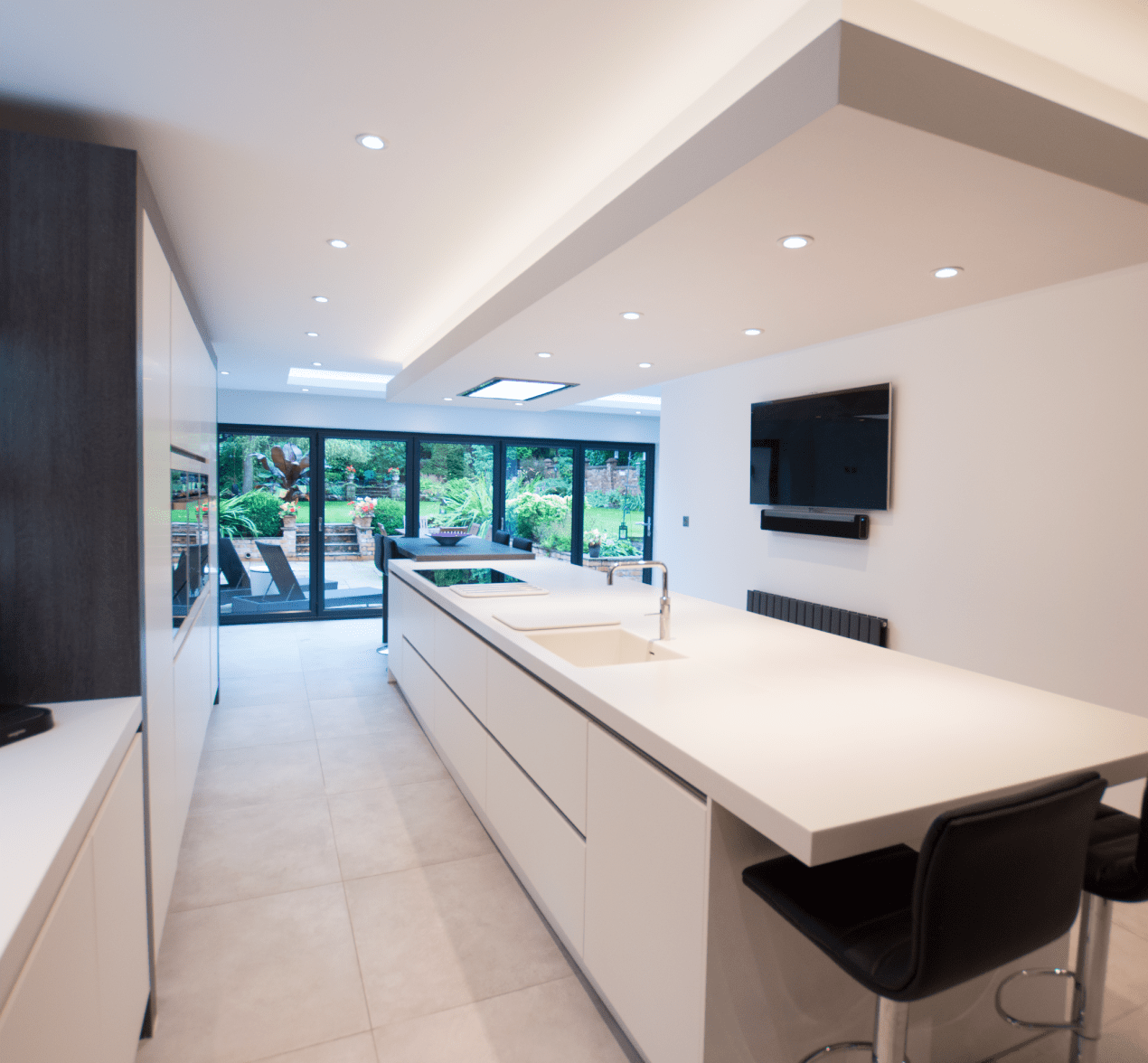 Kitchen Design Centre Hollinwood The Contemporary Family Kitchen For Customers In Stockport