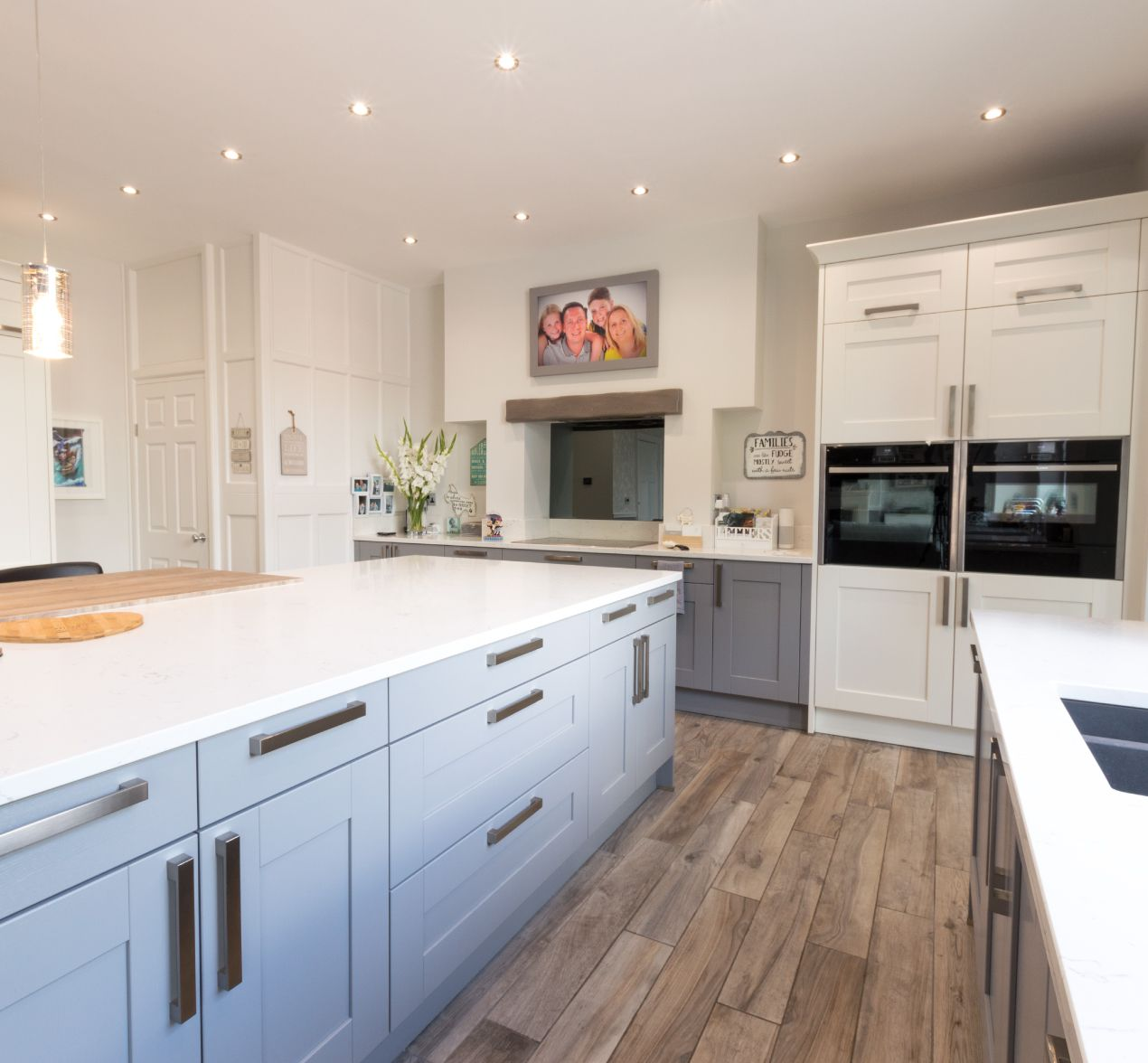 Kitchen Design Centre Hollinwood Family Focussed Kitchen Customer Kitchens Kitchen