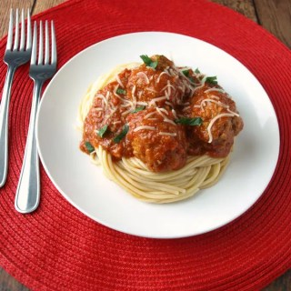 Crock Pot Spaghetti Sauce is really very simple to put together and then simmer while you go about your day!