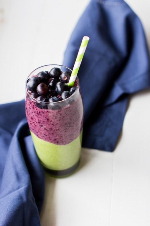 Berry Green Smoothie - Kitchen of Eatin'