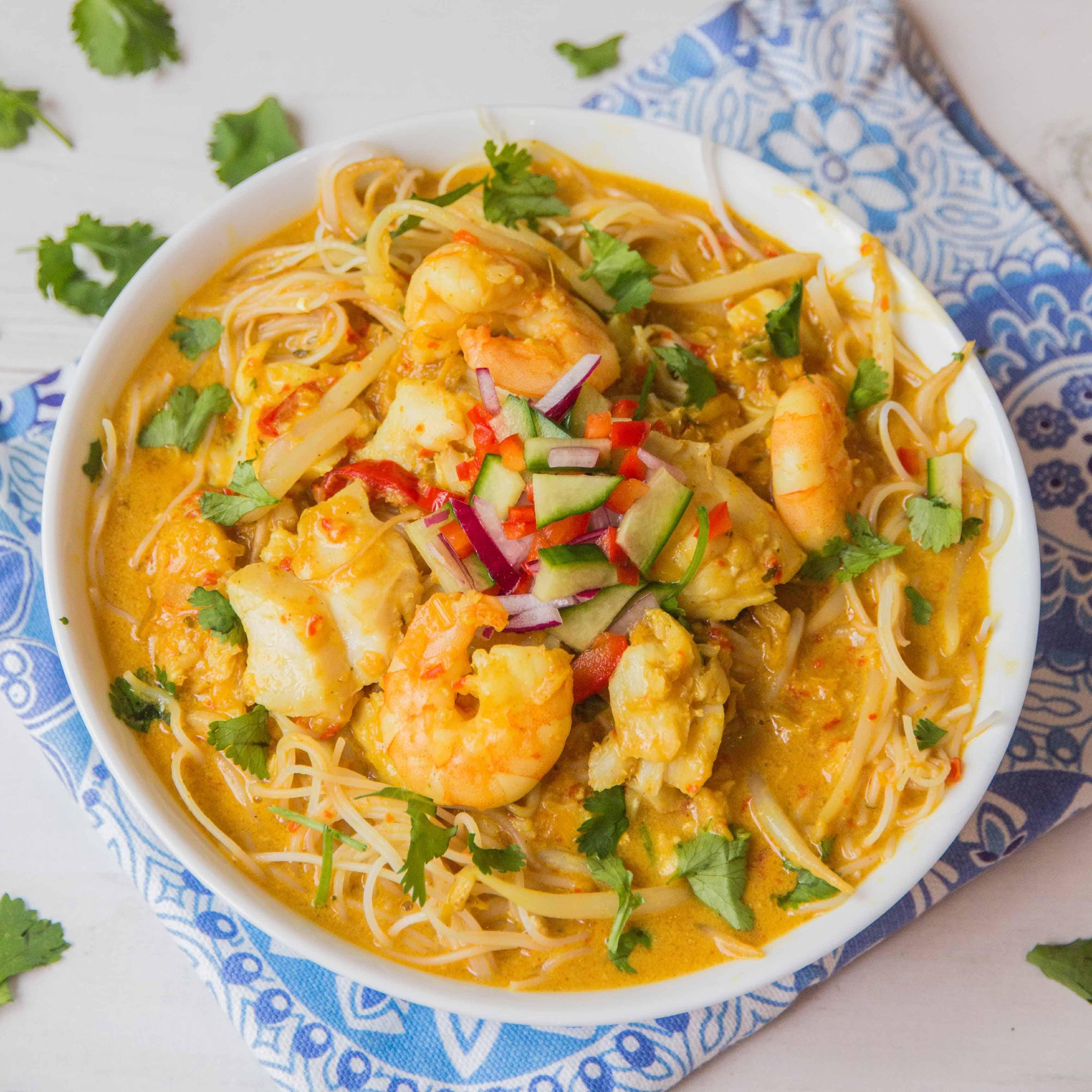 Seafood Laksa - Slurpy, spicy Thai noodle soup