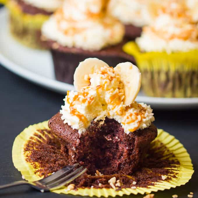 Chocolate Banana Sundae Cupcakes - with whipped cream, caramel drizzle and chopped hazelnuts. Who could resist!