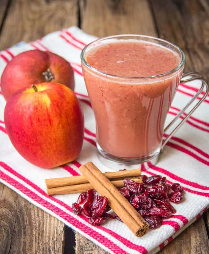 Cranberry and Apple hot smoothie - a quick and healthy hot smoothie for a cold day