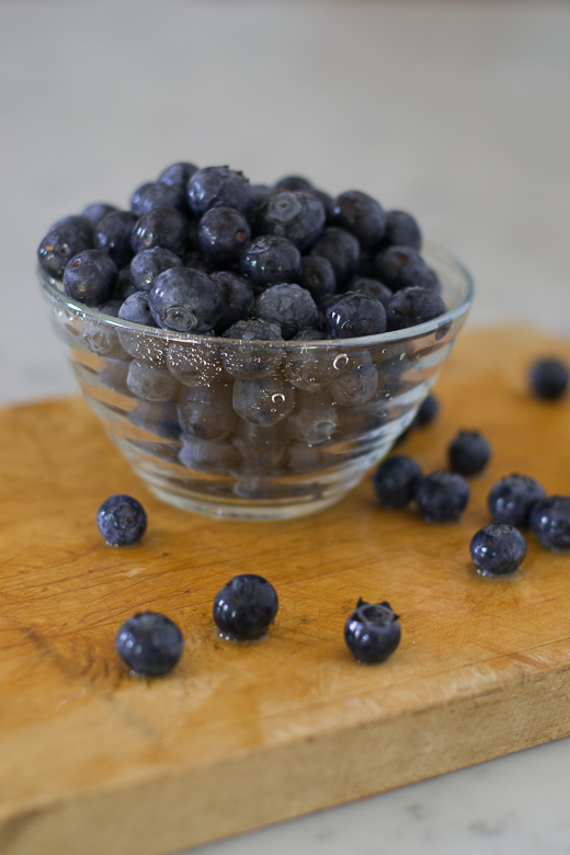 blueberries for parfait