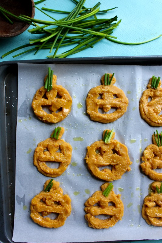 jack o lantern smiley fries vegan easy