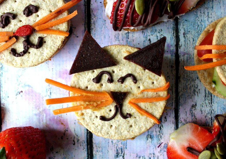 looking for healthy snack ideas? These adorable, easy, versatile kitty snacks are it! gluten free & vegan...win!