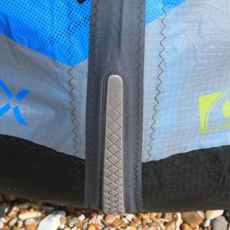 Leading edge bumper on the Airush Varial-X 2015