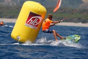 Kiteworld Kitesurfing Hang Loose Beach