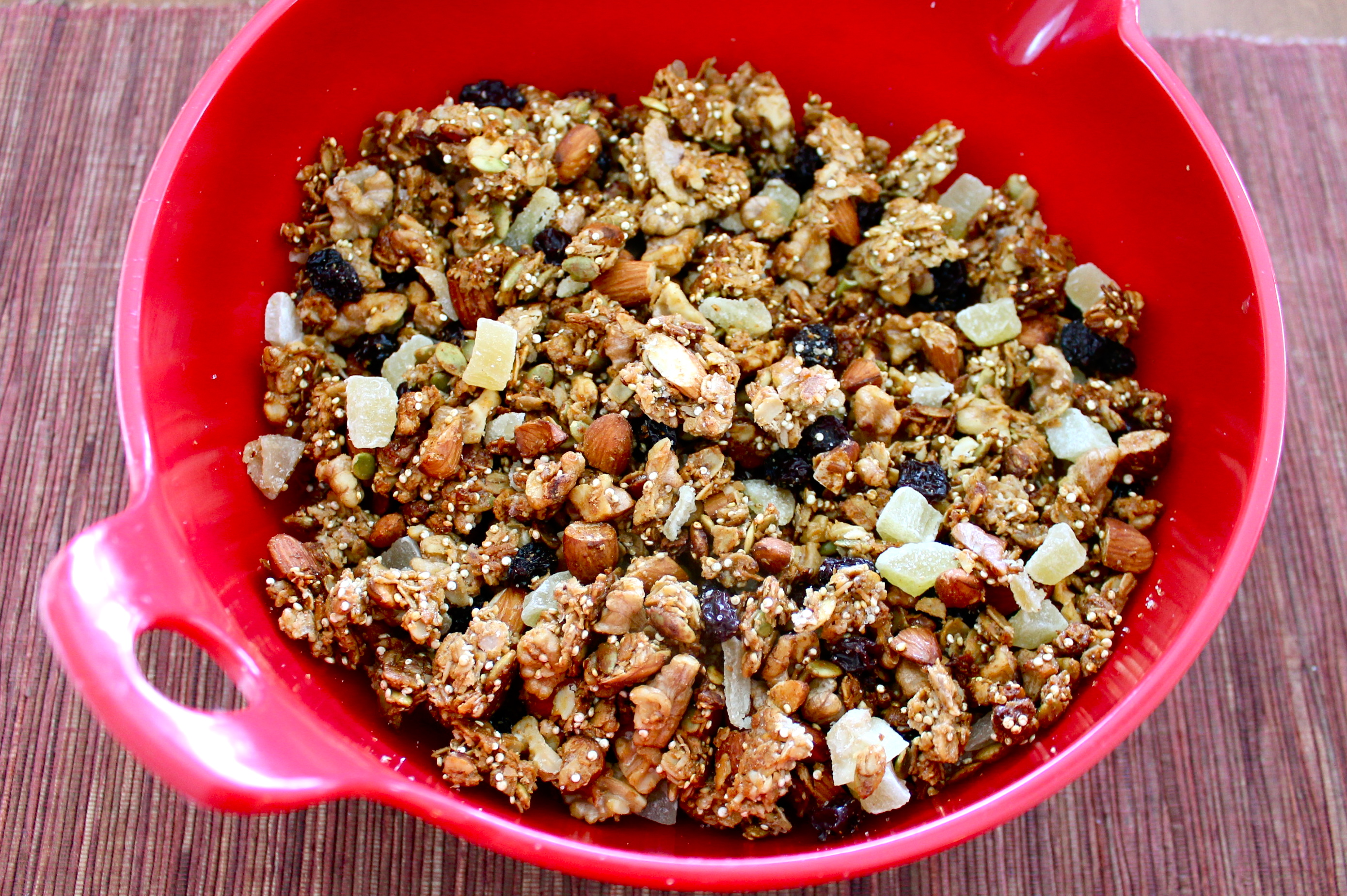 fruit & nut quinoa granola
