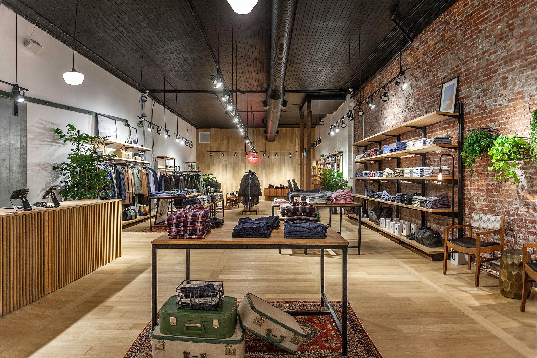 Frank & Oak, krokodile pear, Gastown, Helen Siwak, Man Cave Barber Shop, Vancouver, BC, Retail