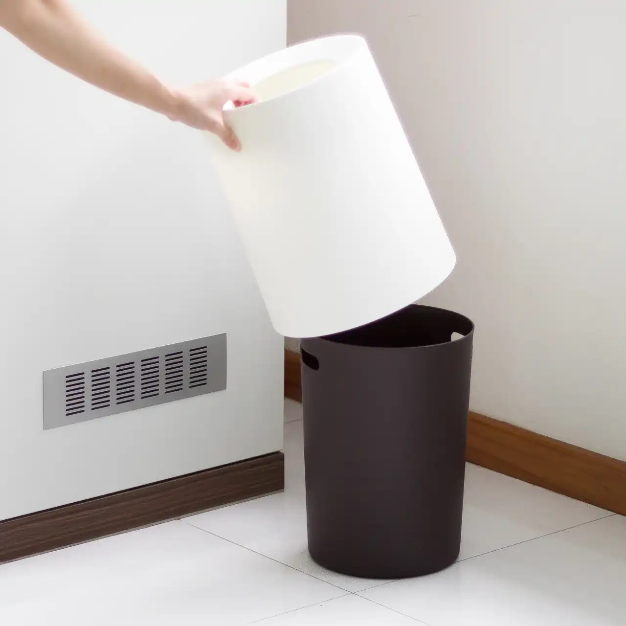 Waste Paper Basket Hej Minimalist Waste Paper Basket With Cover Kiyolo
