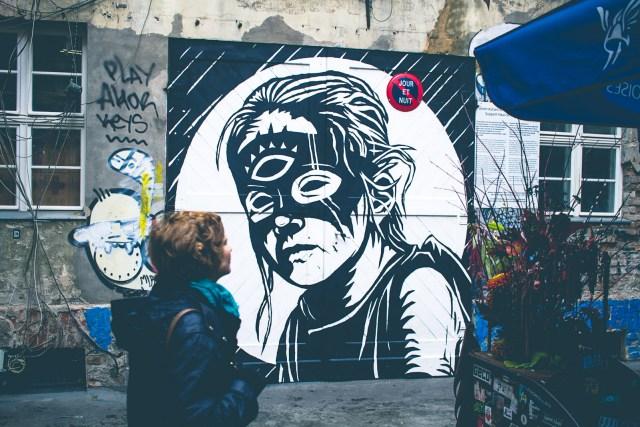 Liten gränd i Berlin