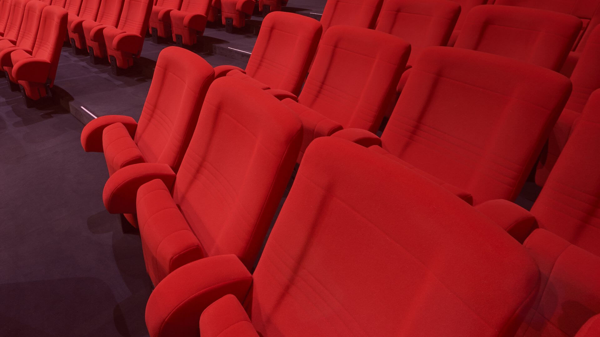 Fauteuils Cinema Bois Kleslo Specialist In Cinema Seats Theater Seats Also Custom