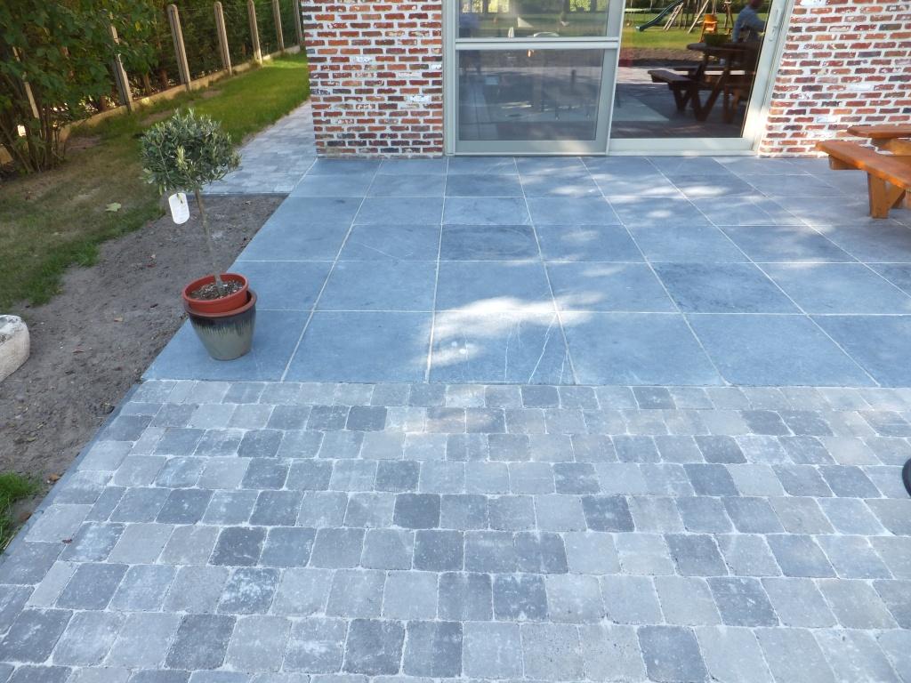 Tegels 50x50 Antraciet : Terrastegels 50x50 grijs a van spelde hoveniers keramische