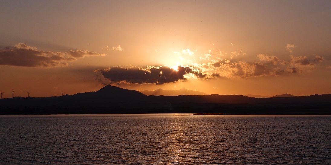 Světlo září nad Stavrovouni