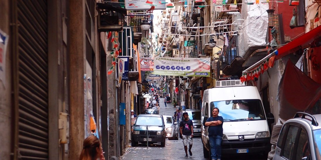 Neapol – bůh je jen jeden