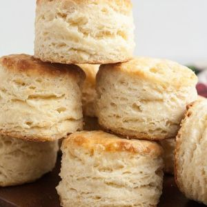 Pin Ups and Link Love: Perfect Buttermilk Biscuits   knittedbliss.com
