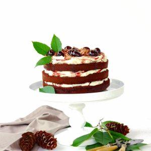 Pin Ups and Link Love: Chocolate Cherry Cake   knittedbliss.com