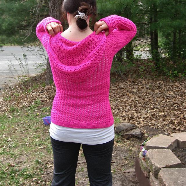 Modification Monday: Laika Surprise Hoodie | knittedbliss.com